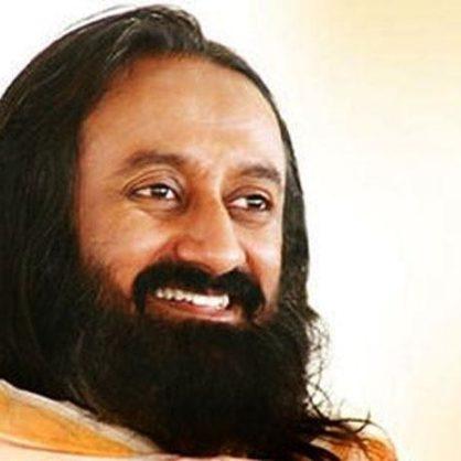 "Sri Sri Ravi Shankar : ""All politicians must practice meditation and should practice yoga"""